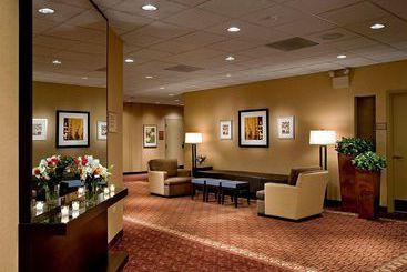 Hotel Wyndham Garden Buffalo Grove In Buffalo Grove