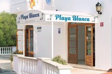 Outside Apartamentos Playa Blanca Cala Blanca