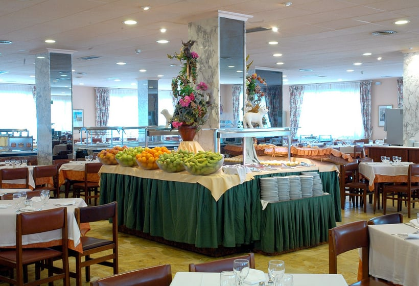 Restaurant Hotel H Top Olympic Calella