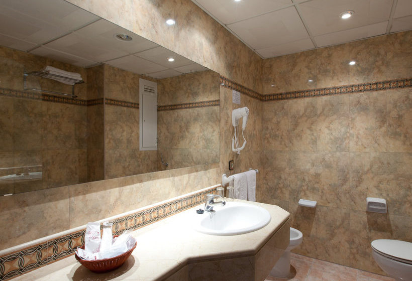 Bathroom Hotel Seramar Sunna Park Paguera