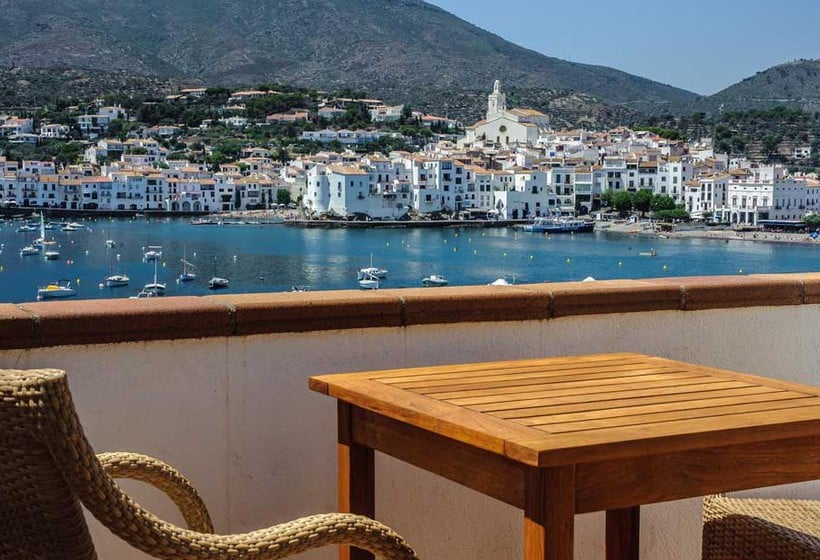 Room Hotel Playa Sol Cadaques