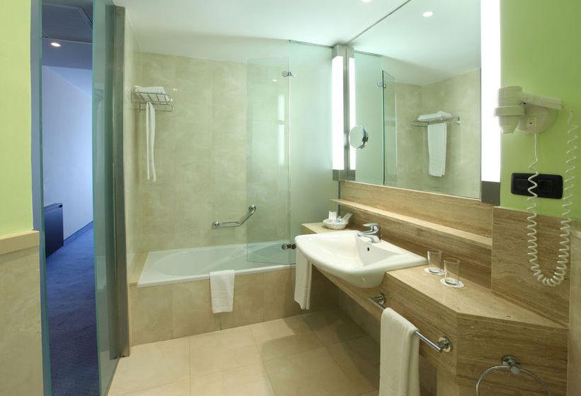 Bathroom Hotel IFA Faro Maspalomas