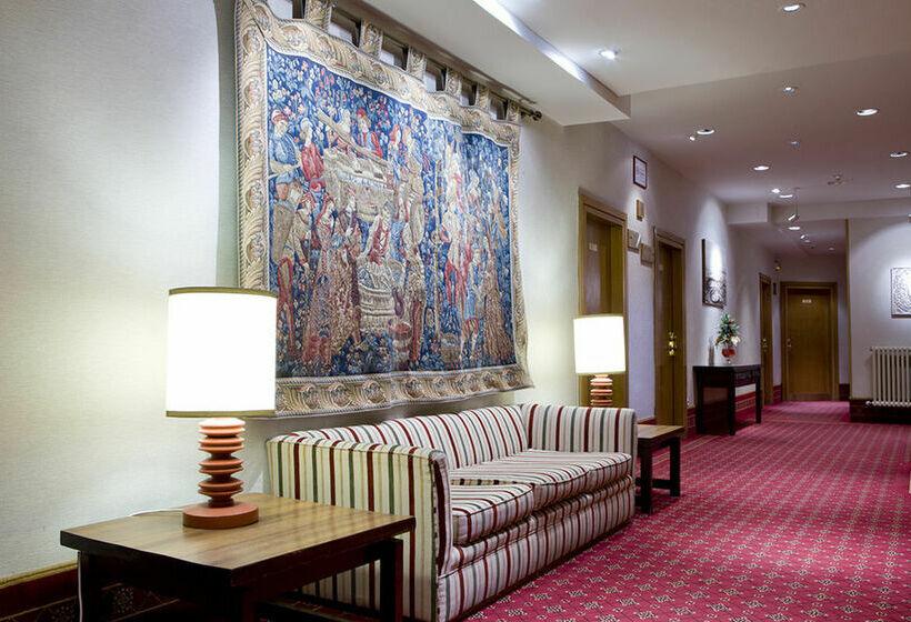 Hotel Puerta de Toledo Madrid