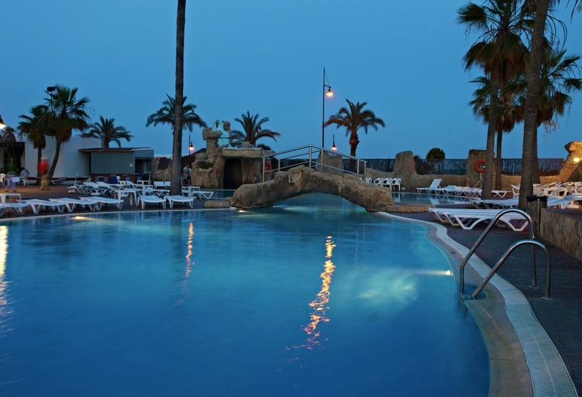 Swimming pool Hotel Marconfort Beach Club All Inclusive Torremolinos