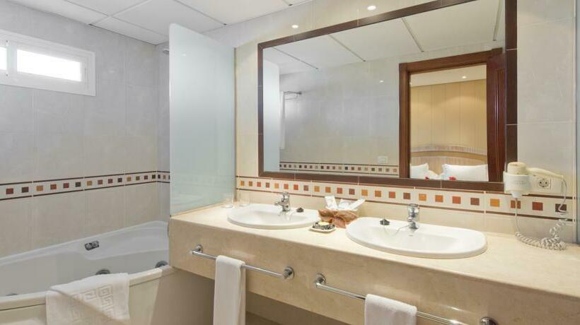 Bathroom Hotel Puerto de la Cruz