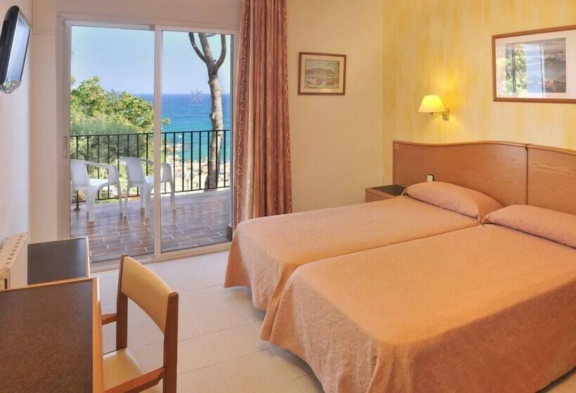 Room Hotel GHT Xaloc Platja d'Aro
