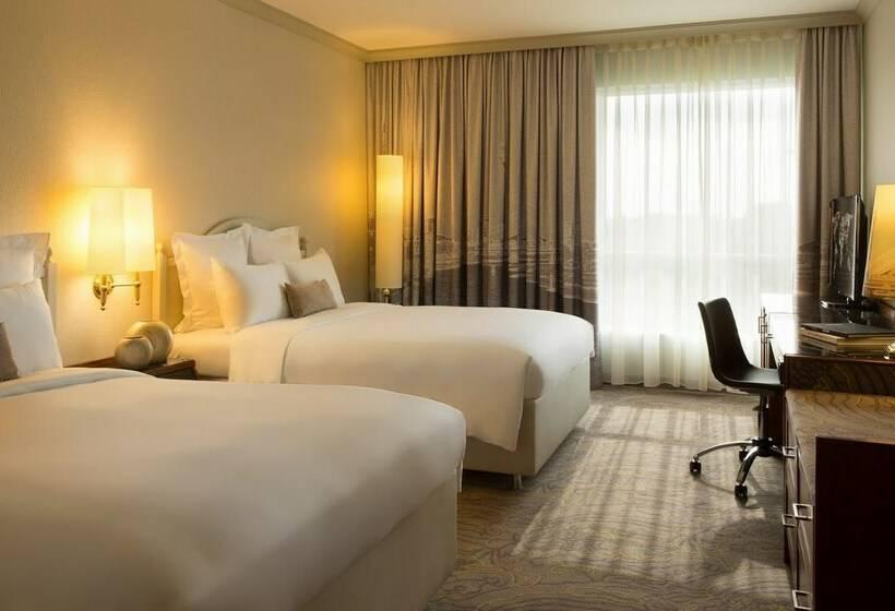 Room Hotel Renaissance Duesseldorf Düsseldorf