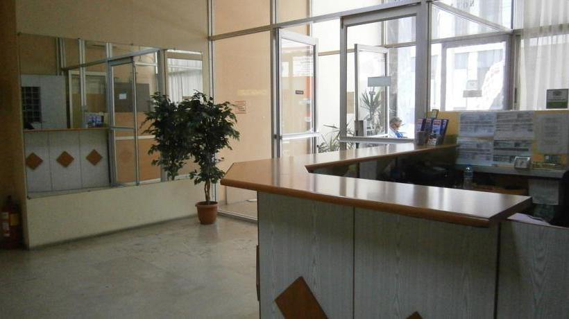 Front desk Hotel Atlantis Piraeus