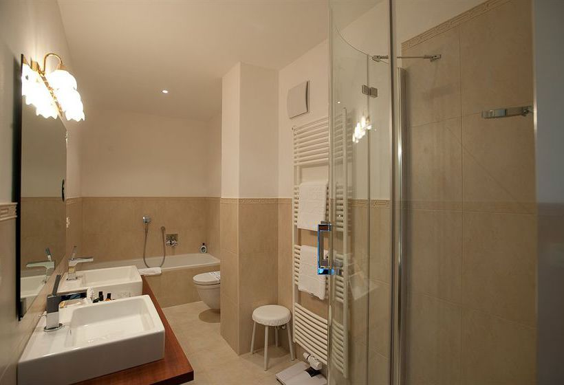 Bathroom Hotel Adria Merano