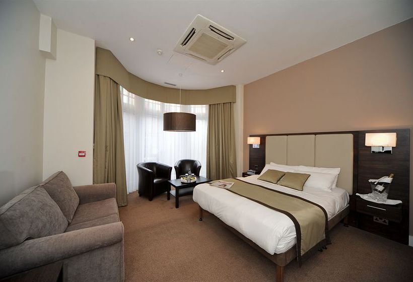 Hotel The Raglan London