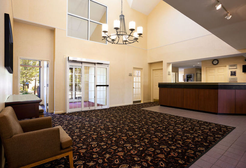 Residence Hawthorn Suites by Wyndham Philadelphia Airport