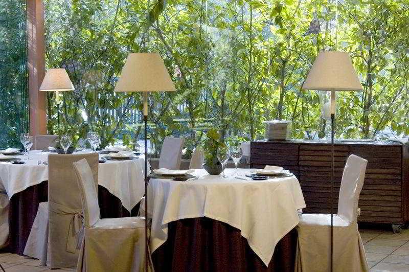 Hoteles en elche baratos desde 24 destinia for Jardin milenio elche
