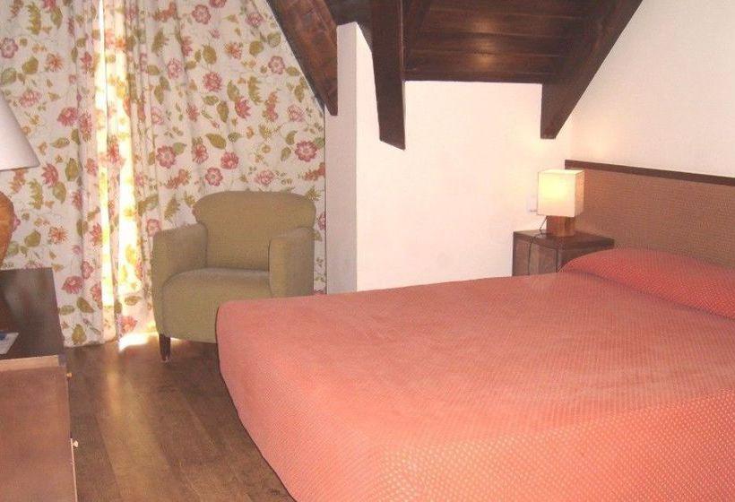 Aparthotel La Vall Blanca Vielha
