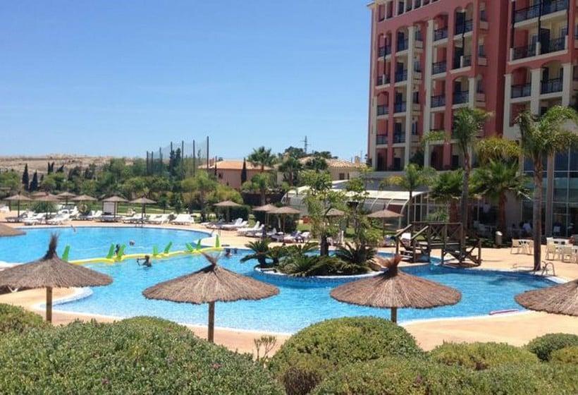 Hotel bonalba alicante en muchamiel destinia for Piscina alicante