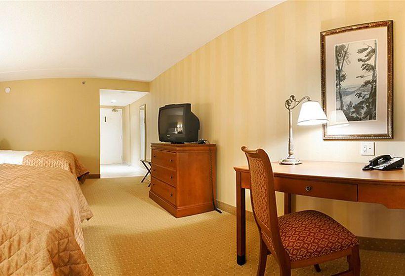 Doubletree Fallsview Resort & Spa Niagara Falls