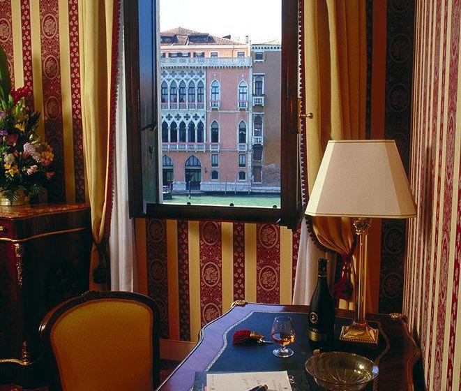 Hotel Palazzo Sant'Angelo sul Canal Grande Venice