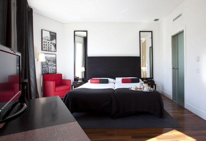 Hotel quatro puerta del sol en madrid destinia for Hotel madrid sol