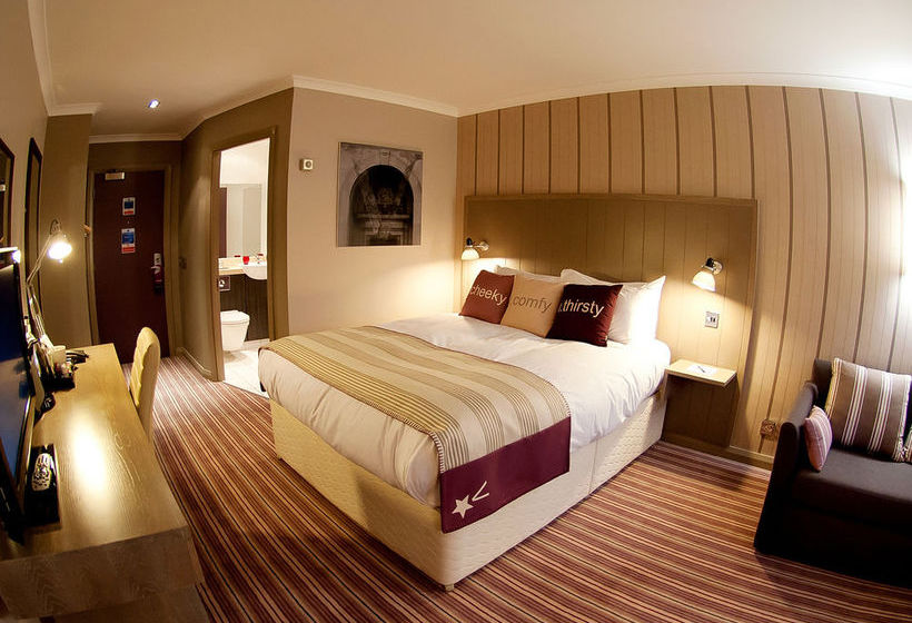 De Vere Village Coventry - Hotel & Leisure Club
