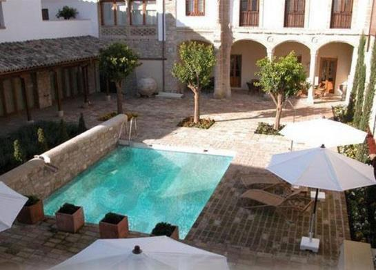 Hotel Puerta de La Luna Baeza