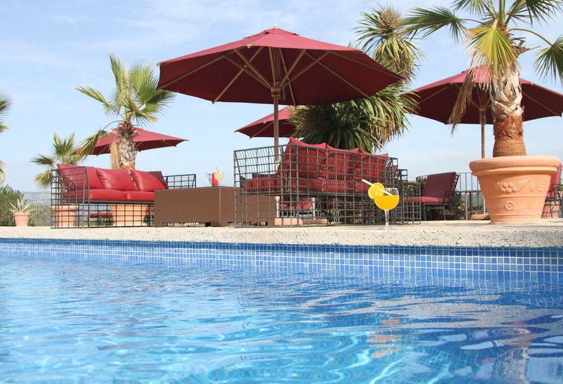 Swimming pool Hotel Posada del Marques Esporles