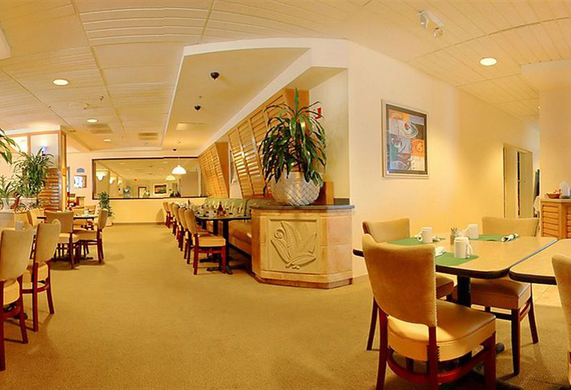 Restaurant Hotel Ocean Breeze Club Daytona Beach