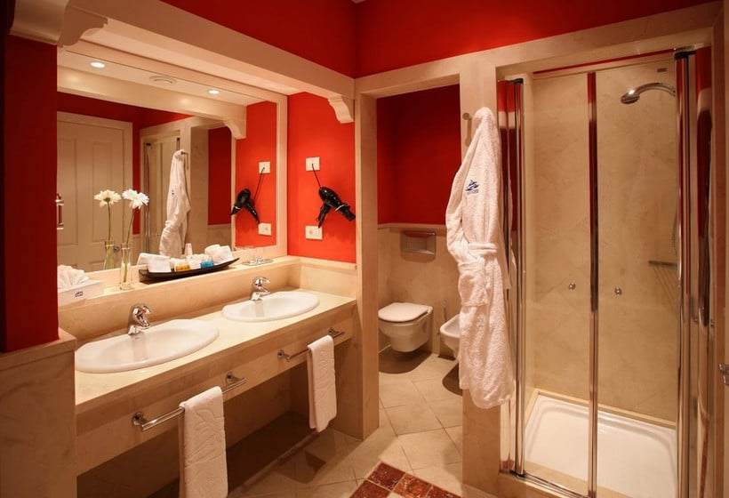 Bathroom Lopesan Villa del Conde Resort & Thalasso Meloneras