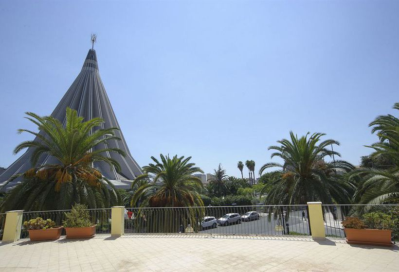 Hotel del santuario en siracusa destinia for Hotel del santuario siracusa