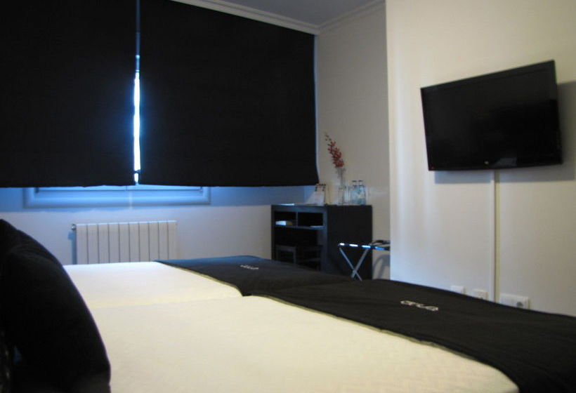 Room Hotel Room Pontevedra