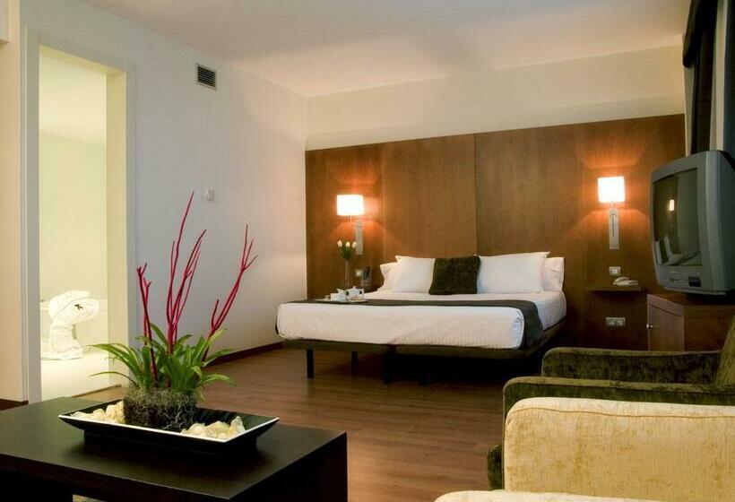 هتل Xon's Valencia Quart de Poblet