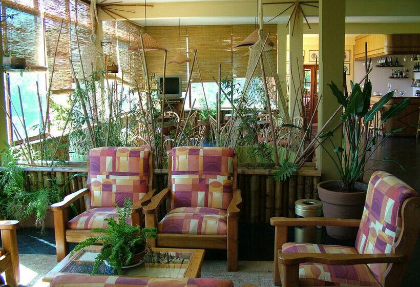 Hotel Carmen Puerto Iguazu
