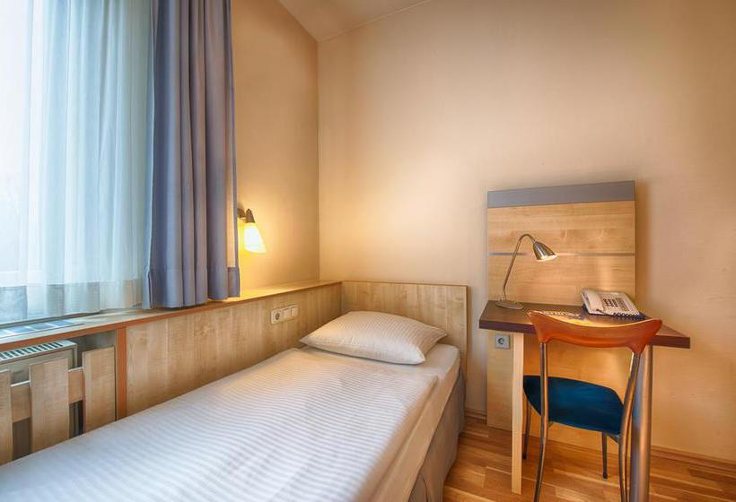 Hotel Enjoy Berlin City Messe