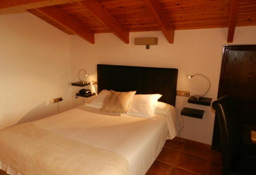 Hotel Porta D'Alella