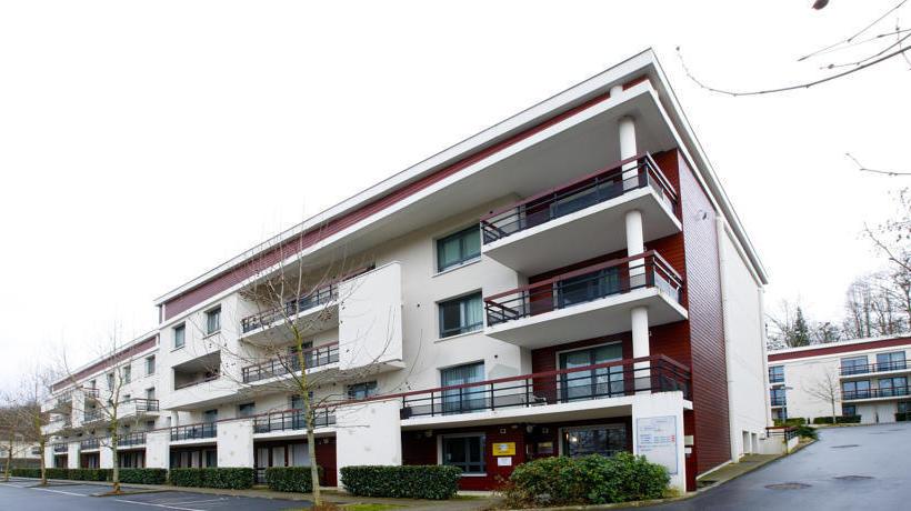 Appart 39 City Versailles Louveciennes En Louveciennes Destinia