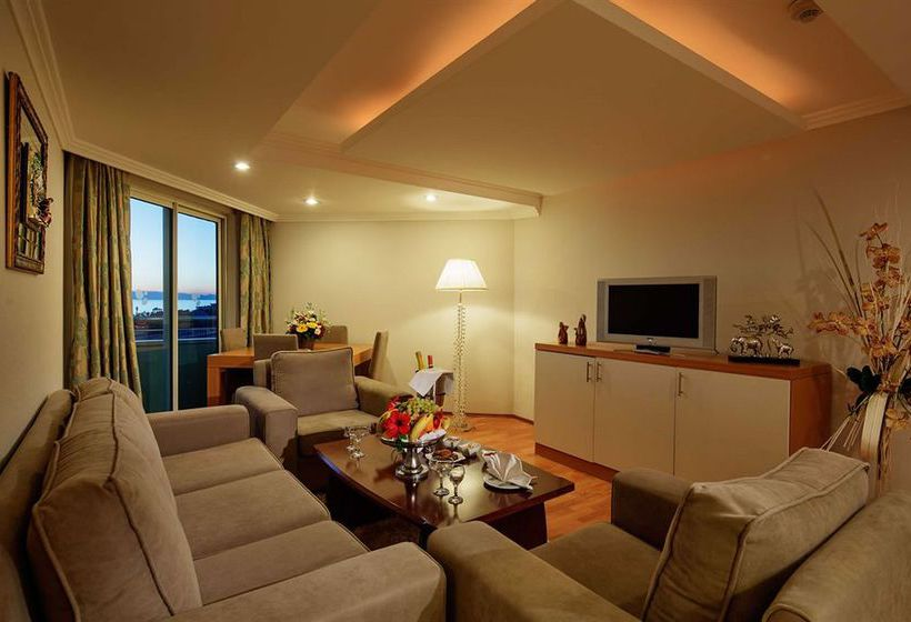Room Hotel Crystal Admiral Resort Suites & Spa Side