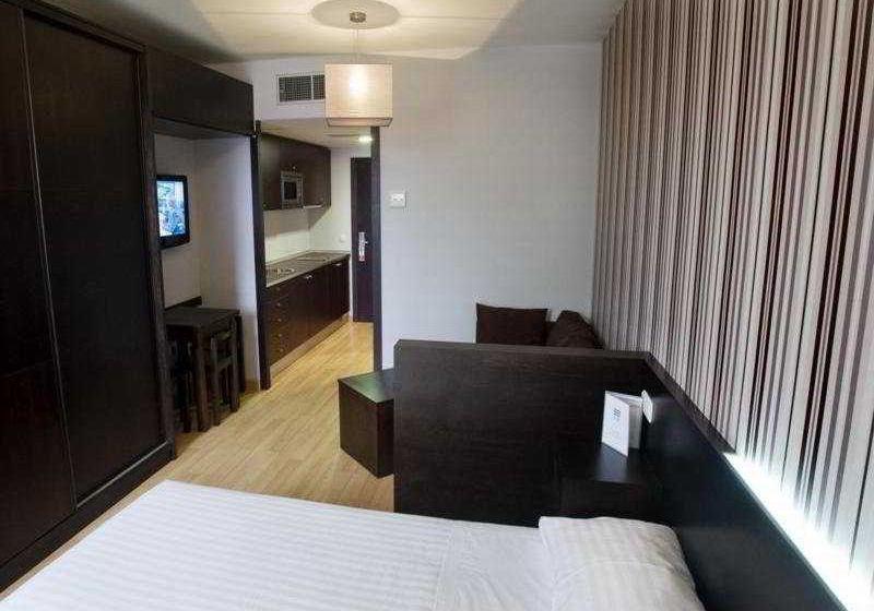 Exe Hall 88 Aparthotel Salamanca