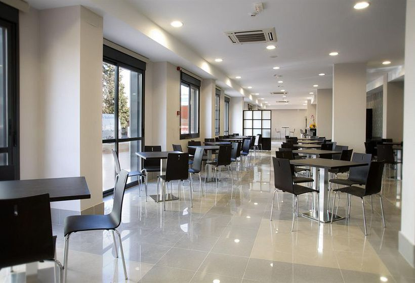 Common areas Aparthotel Compostela Suites Madrid