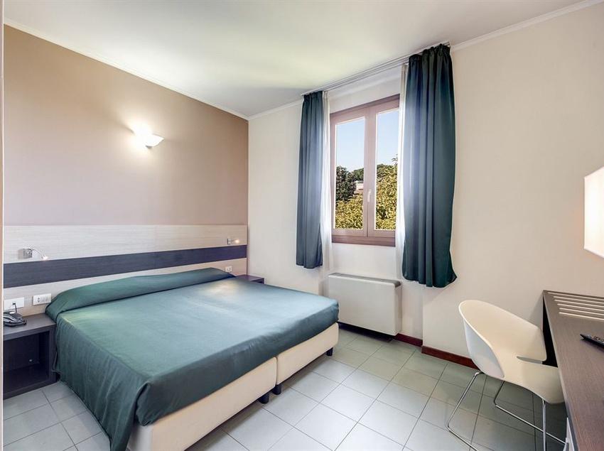Room Alba Hotel Torre Maura Rome