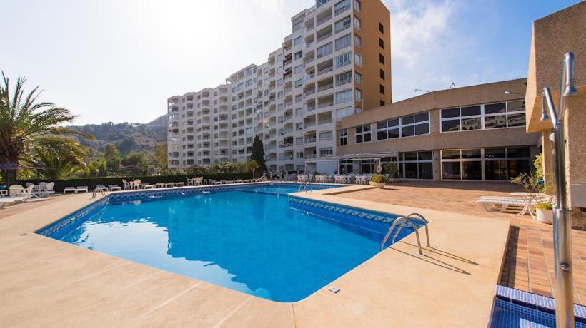 Swimming pool BlueSense Villajoyosa Resort