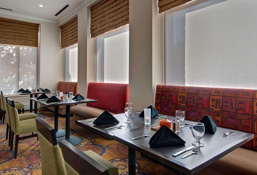 Hoteles Con Piscina En Romulus Destinia