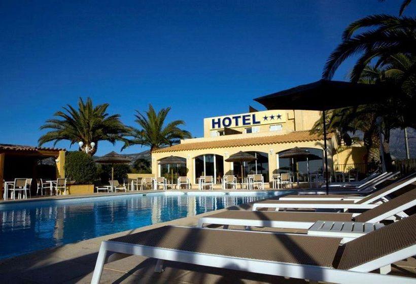 Hotel Cesario Calvi