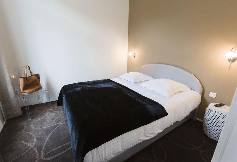 hotel le saint louis en amiens destinia. Black Bedroom Furniture Sets. Home Design Ideas