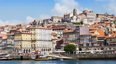 Apartment Camãµes -                             Oporto