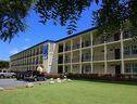 El Faro Suites & Conference Center