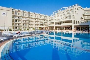 Aqua Hotel Aquamarina & Spa -