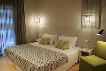 Hotel Alegria Plaza Paris 4sup 4*