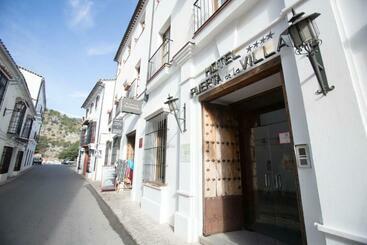 Puerta De La Villa - Grazalema