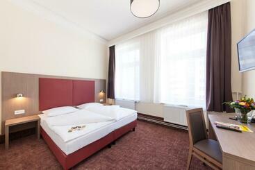Novum Hotel Norddeutscher Hof Hamburg - Hamburgo