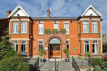 Maples House - Dublin