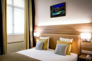 Le Phénix Hôtel - ליון