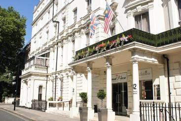 Grand Plaza Serviced Apartments - London